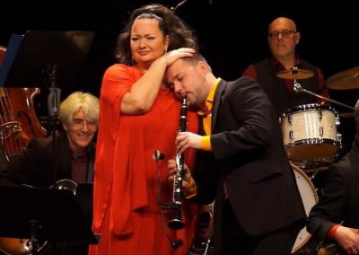 Tini Kainrath & Sascha Danilov beim Swinging Chanukka Im Metropol, Wien 2016